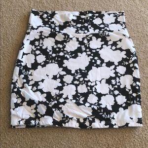 Forever 21 Skirts - Cotton Pencil Skirt